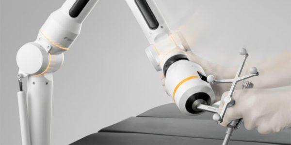 Brainlab's Cirq Robotics Gains FDA Clearance for Spine