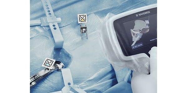 Naviswiss Gains FDA Clearance for Miniature Hip Navigation